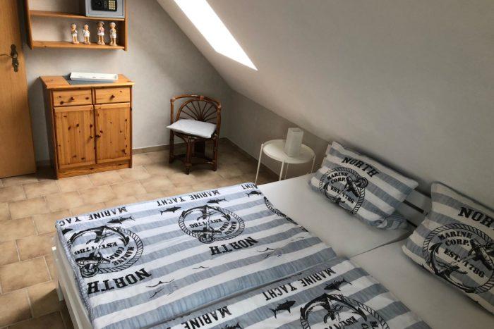 Wohnung 1 - Schlafzimmer (2)