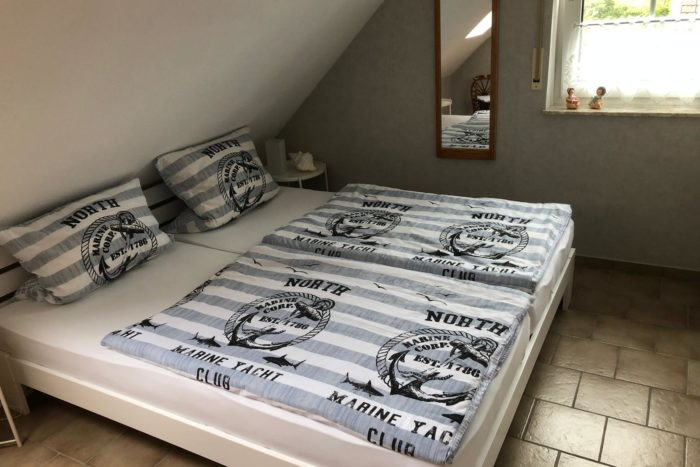 Wohnung 1 - Schlafzimmer (3)