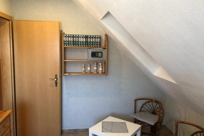 Wohnung 1 - Schlafzimmer (4)